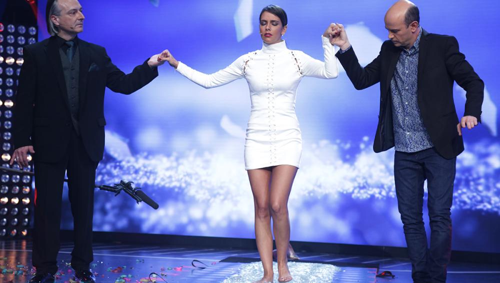 Cristina Pedroche, a punto de 'rajarse' al descubrir el reto que Jeff Toussaint tenía para ella