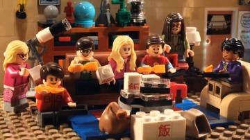 Frame 18.041806 de: Los personajes de The Big Bang Theory se convierten en muñecos de Lego