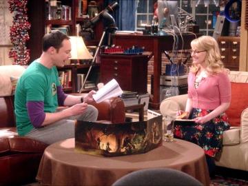 Amy se muda a casa de Leonard, Sheldon y Penny