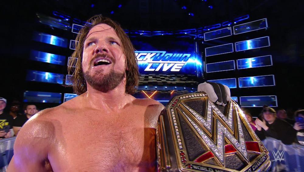 AJ Styles vence a Ambrose con ayuda de James Ellsworth en 'SmackDown Live'