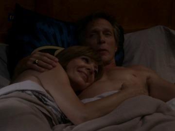 Frame 2.186953 de: Adam se va a vivir unos días con Bonnie y Christy