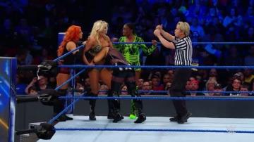 Frame 2.154562 de: Tamina, Natalya y Carmella, victoriosas