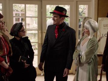 Los Dunphy, disfrazados de gansters por equivocación en una boda