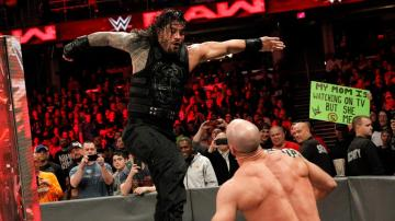 Roman Reigns vs. Cesaro en 'Raw'