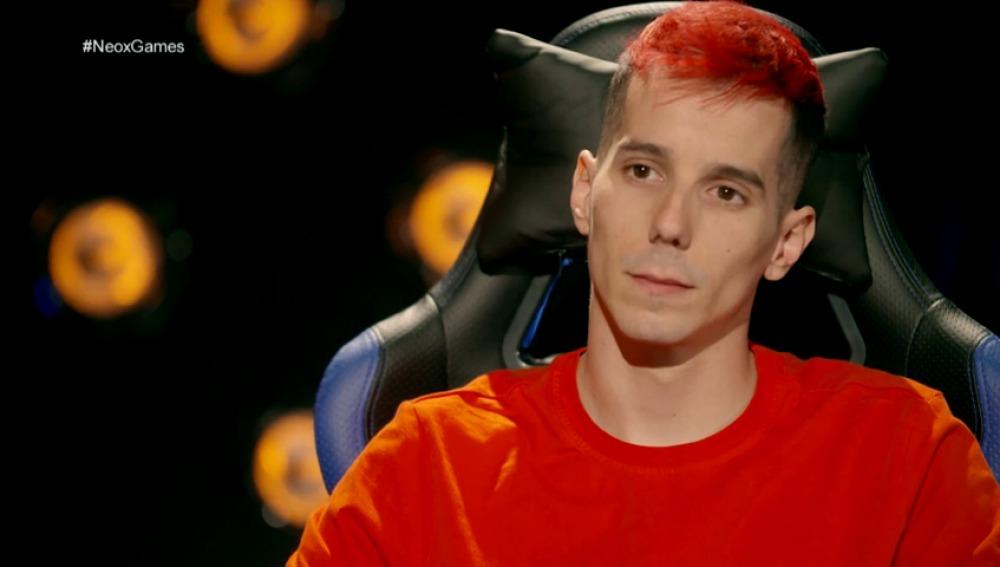 Frame 121.415821 de: El cantante de rap Skone cambia en 'Neox Games' de batalla de gallos a batalla virtual