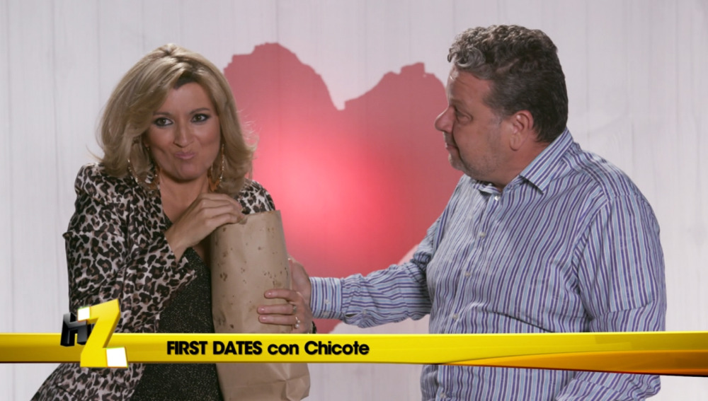 Chicote hace un poema a Terelu en 'First Date'