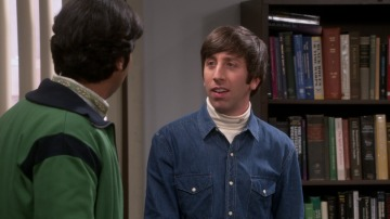 Raj se enfada con Howard y decide romper con él