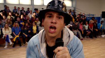 El rap del equipo de fútbol de 'Los Goldberg'